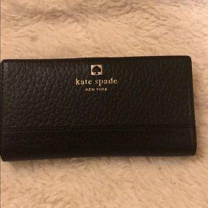Kate Spade bifold Cameron Wallet